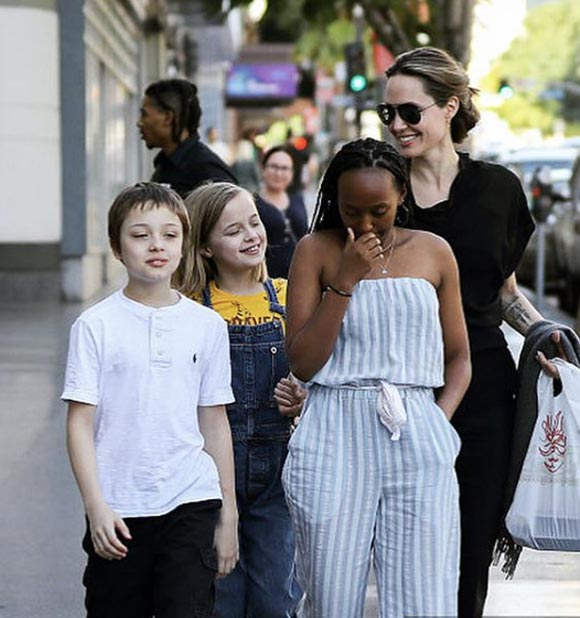 Angelina-Jolie-children-jan-27-2019-03