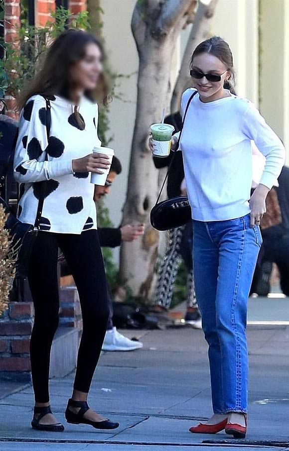 Lily-Rose-Depp-outfit-jan-2019-02
