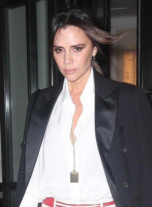 victoria-beckham-fashion-24-jan-2019-02