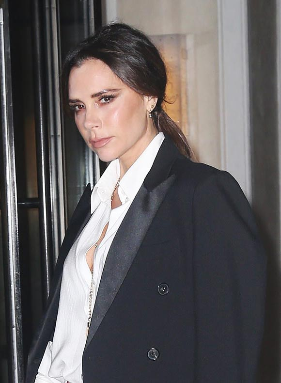 victoria-beckham-fashion-24-jan-2019-04