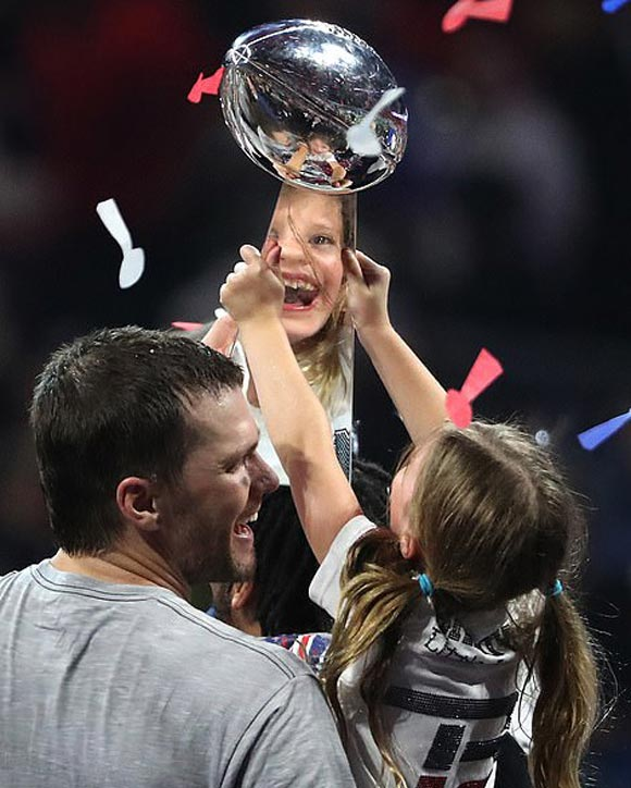 Tom-Brady-Gisele-children-Super-Bowl-2019-01
