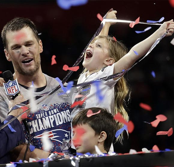 Tom-Brady-Gisele-children-Super-Bowl-2019-03