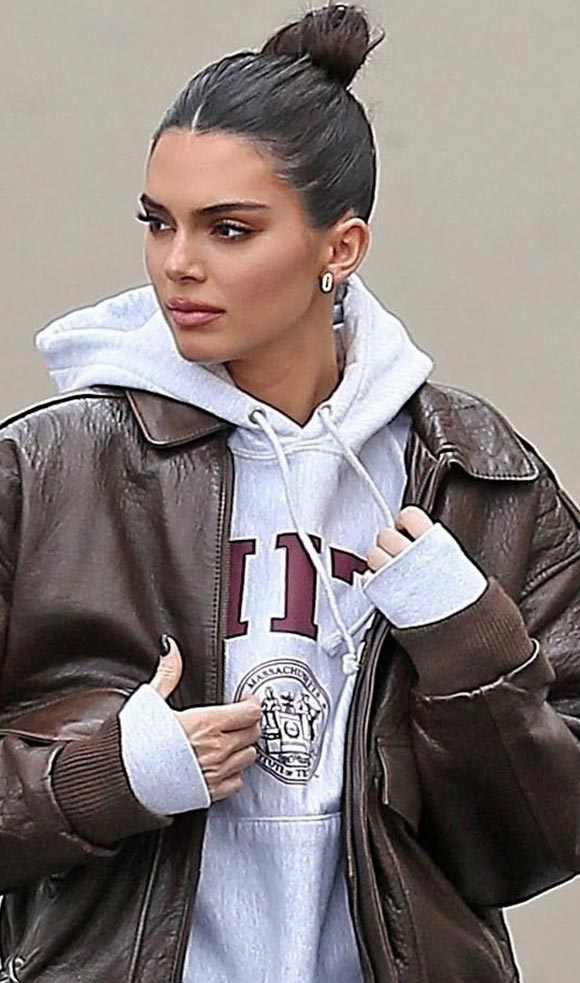 kendall-jenner-outfits-mar-2019-02