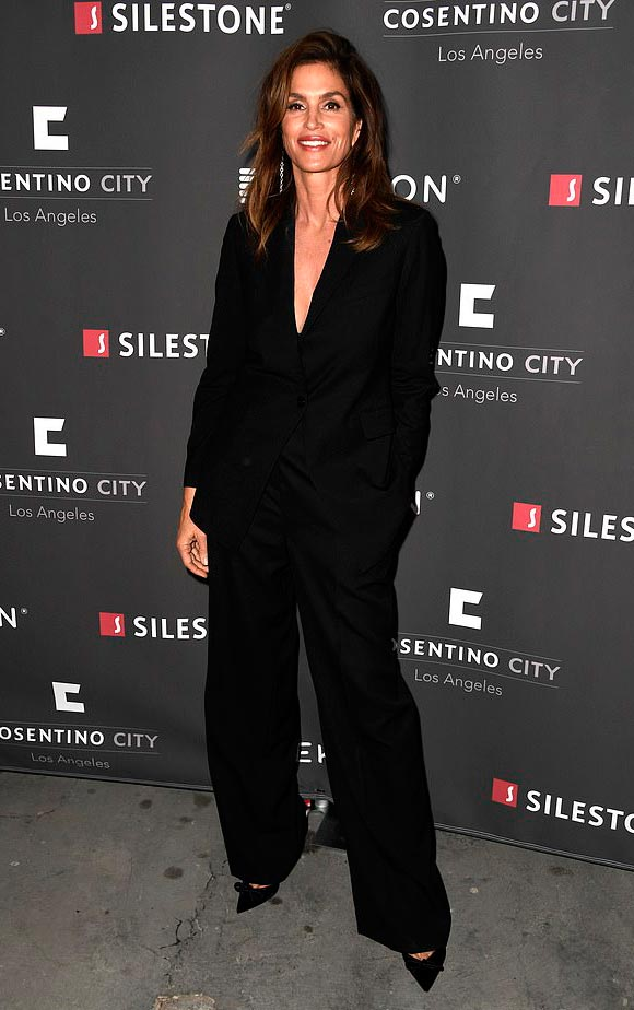 Cindy-Crawford-april-2019-01