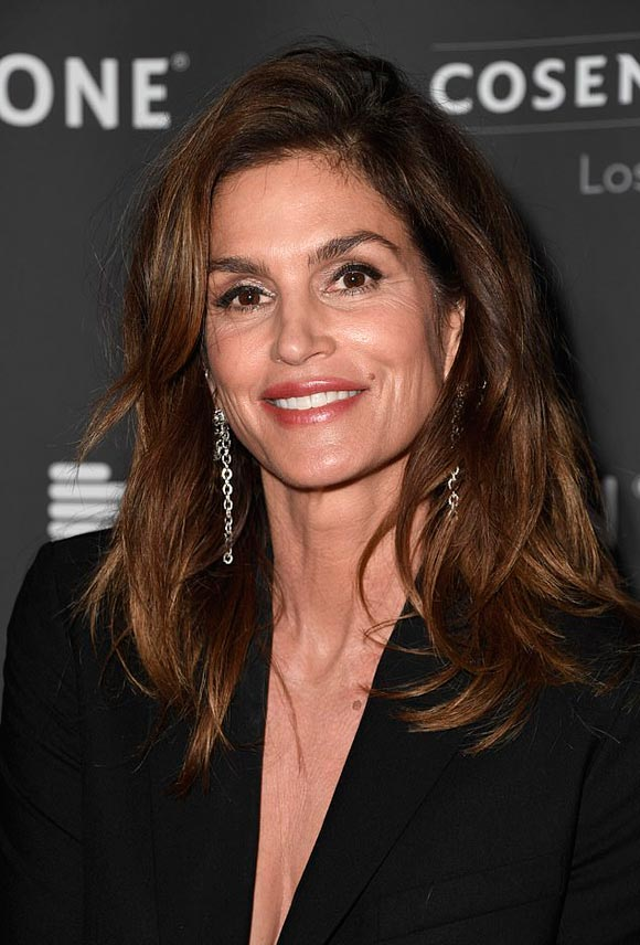 Cindy-Crawford-april-2019-05