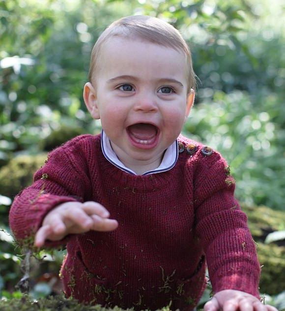 Prince-Louis-1st-birthday-april-23-2019-02