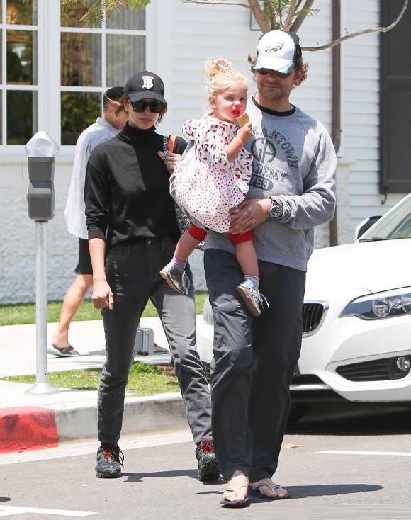 Bradley-Cooper-Irina-Shayk-daughter-Lea-may-2019-01