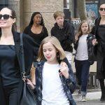 アンジェリーナ・ジョリー、娘シャイロ&ヴィヴィアンらと寿司ランチへ