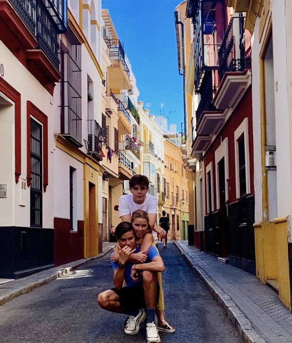 harper-romeo-cruz-beckham-spain-june-2019-01