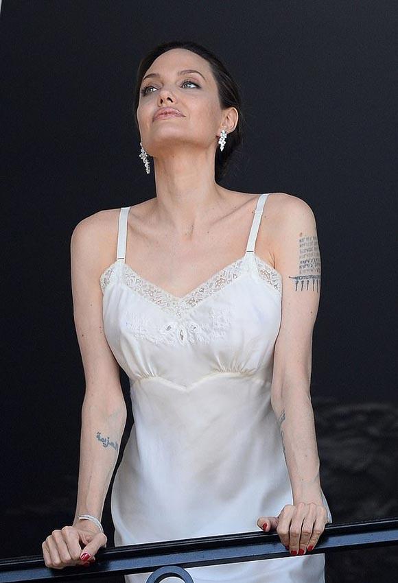 Angelina-Jolie-perfume-Guerlain-ad-2019-01