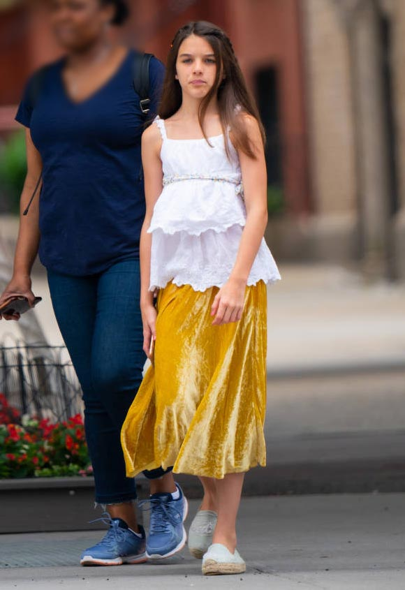 suri-cruise-fashion-july-2019-01