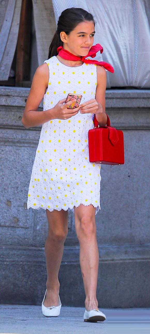 suri-cruise-fashion-aug-2019-01