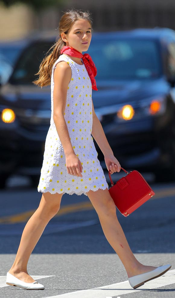 suri-cruise-fashion-aug-2019-02