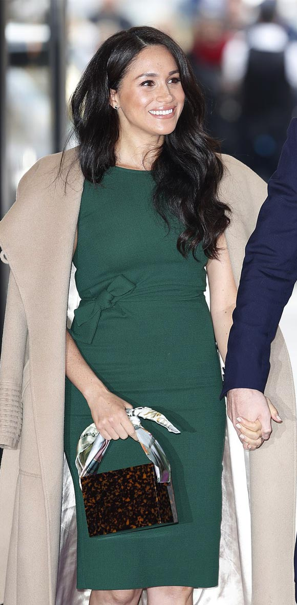 Meghan-Markle-fashion-oct-2019-02