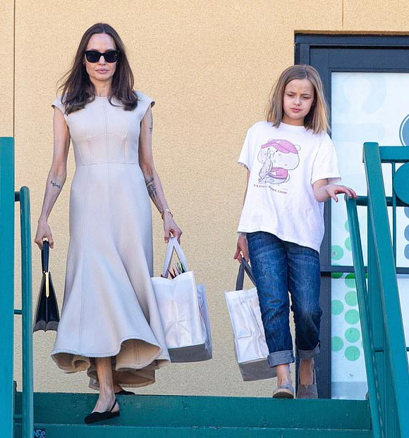 Angelina-Jolie-daughter-Vivienne-nov-2019-01