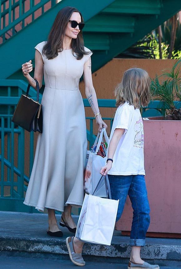 Angelina-Jolie-daughter-Vivienne-nov-2019-04