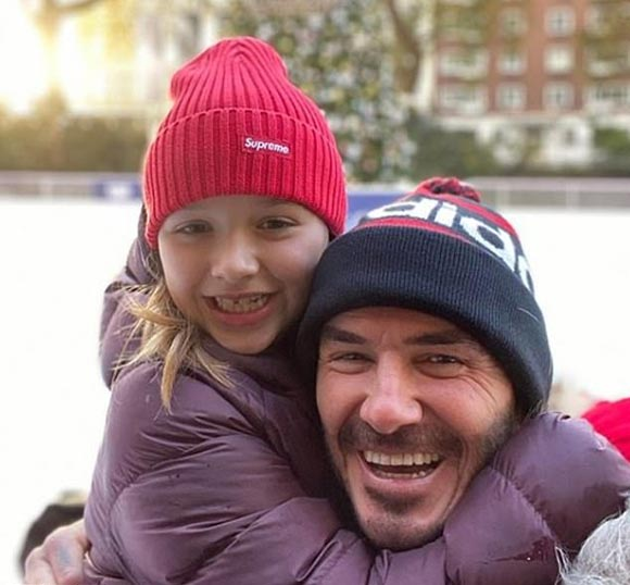david-harper-Beckham-ice-skating-dec-2019-01